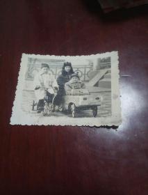 老照片一张《儿童》 七八十年代   7--5cm