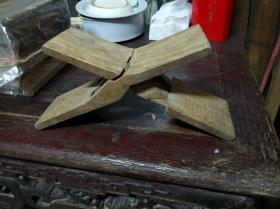 潮州木雕,鲁班枕,飞机枕,一块木雕刻