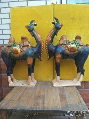 唐代三彩大骆驼一对