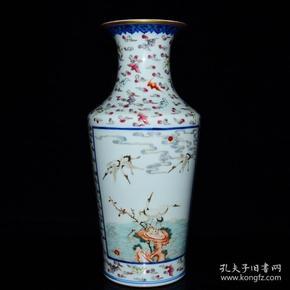 清乾隆年粉彩福寿开光山水仙鹤纹瓶