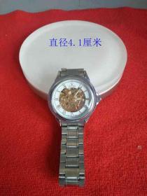 一支老手表