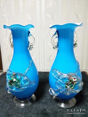 琉璃花瓶【蓝色堆花琉璃瓶】介绍根据图片商品描述所写,详细看图!仅代表个人观点,不表示任何承诺