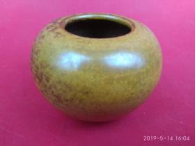 民国黄釉瓷水盂,文房案头小摆件,(尺寸约:4.6cm/8cm)