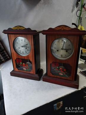 下乡收到文革左右。海鸥牌。钟表两台。品相一流,漂亮完整,能正常使用。保真保老,价格不贵。