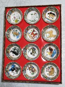 民国粉彩十二生肖茶杯。家居摆件,古董古玩工艺瓷器。