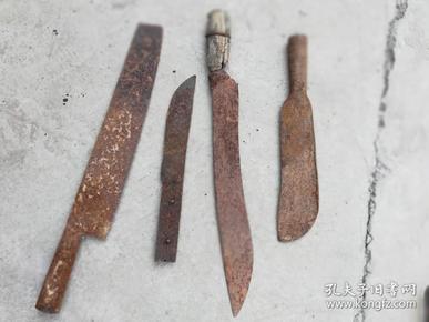 日用工具;劈柴用的刀具4件