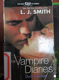 特价现货~The Vampire Diaries 04. The Dark Reunion. TV Tie-In9780062020581