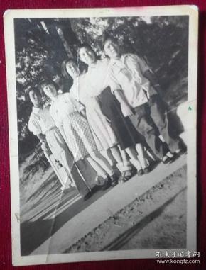 六十年代【集体合影照片一张】