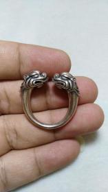 收钱币收的 老藏传925纯银 招财兽银戒指 非常精美