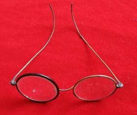 特价民国老古董眼镜一个包老怀旧铜边框腿