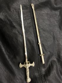 西洋十字剑