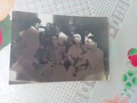 老照片   战友间的文娱活动