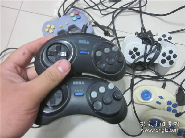 上世纪90年代电视游戏机配件一组 老式游戏机手柄一组10只合售 第59弹