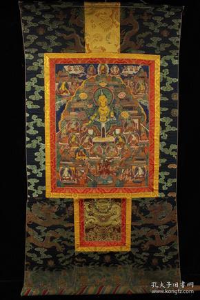 西藏 明代顶级画师纯手工矿物颜料皮上手绘现巴佛唐卡一张     画心用皮制长144厘米   宽78厘米      画心长58.5厘米    宽44.5厘米