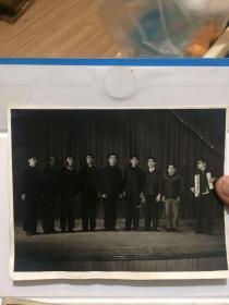 老照片!1973年红五月文艺汇演优秀节目之一!演出照片!拍摄于龙江电工厂!好品相!