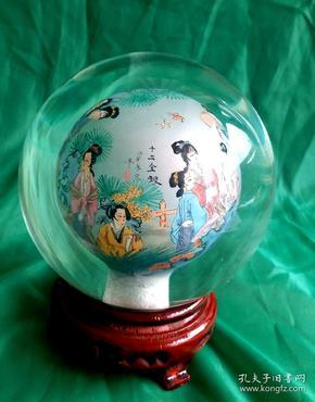 高级手工绘十二金钗内画水晶球   河北衡水 非物质文化遗产   ,直径12cm,包括底座高15cm。重1596克。