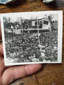 五十年年代南京大学――露天演出