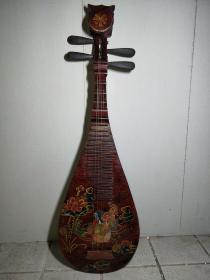 旧藏漆器琵琶一把,高92厘米,宽29厘米,品好,可正常弹奏,