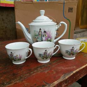 老茶壶 红楼梦图案 一组 大号 中国 磁州窑