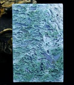 顶级水草玛瑙吊坠极品水草玛瑙吊牌水草吊牌水草似古老万里长城,水头充足,光滑细腻可遇不可求值得永久收藏