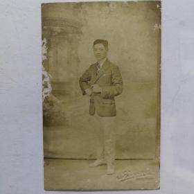 民国男子明信片照片