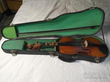 百灵牌4分之4成人小提琴