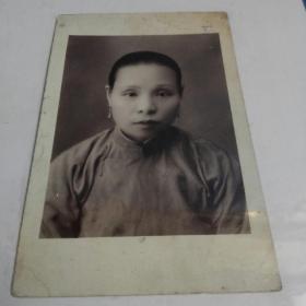民国妇人明信片肖像
