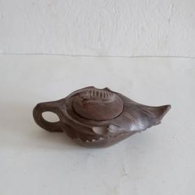 木鱼石石雕小茶壶一把(艺术感特强)