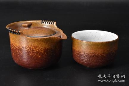 (P3226)复古风 流光快客杯 一人饮茶具套装 金秋 壶口直径10cm,壶身高度6.5cm;杯口直径7.5cm,杯身高5cm。