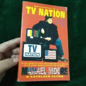 ADVENTURES IN A TV NATION【英文原版书】