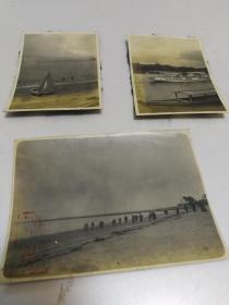 民国海滩纤夫拉纤照片3张