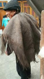 包老,民国蓑衣一件,非常完整,美品;