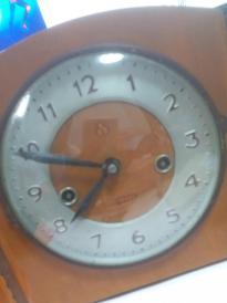 三五牌木座钟 ,有上弦钥匙,有69年免费修理单子和平里门市部