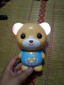 可以唱歌说话的小熊