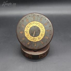 古人用来计时的工具,日晷摆件一个,高约10cm,重约1300克