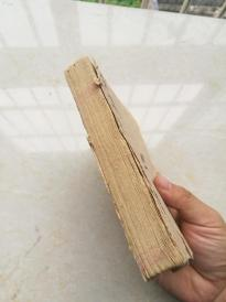手抄厚本,宣讲圣谕礼书。