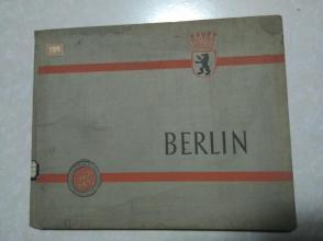8开精装外文画册,可能是二战题材,书完整不缺