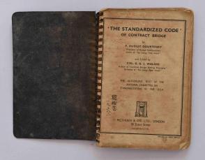 我国公路界元老吴.必.治旧藏:韩树棠1938年签名皮面外文桥牌书1册