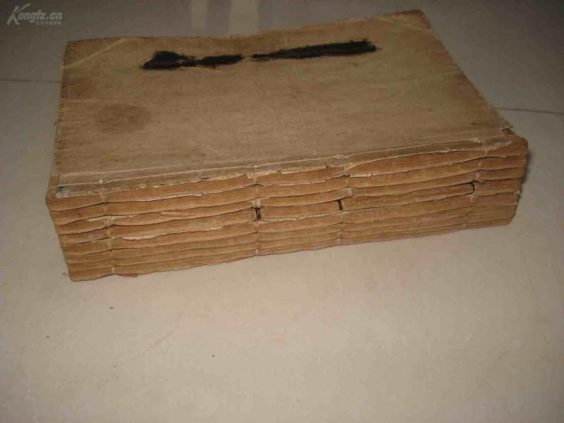 绣像平演济公前传、后传,八册一套全。