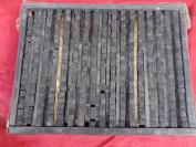 老刻字板一块,共有活字390个字,长16cm宽34cm厚4cm,.品好如图、