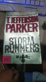 T.JEFFERSON PARKER:STORM RUNNERS【外文原版小说】