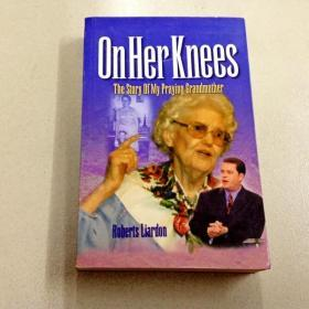 L002595 OnHer Kness The Story of my Praying Grandmother
