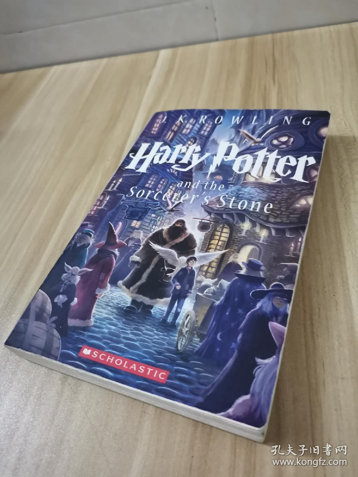 Harry Potter and the Sorcerer's Stone (Harry 合售Potter Series, Book 1)
