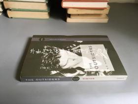 英文原版 the outsiders(局外人    右側邊毛邊)