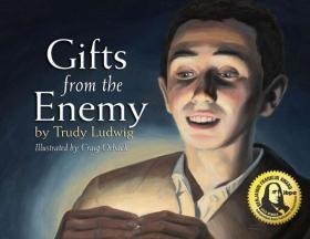 Gifts from the Enemy【中图POD】