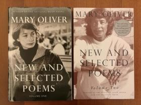 Mary Oliver: New and Selected Poems, Volume 1 & 2 (第一、二卷两册合售)(进口原版,国内现货)