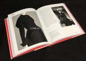 现货 High Fashion: The 20th Century Decade by Decade