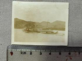 紅色收藏:黑白老照片 民國《長江 汽輪船》一張!尺寸:5.8厘米*4.5厘米