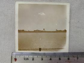紅色收藏:黑白老照片 民國《長江沿岸 民船3》一張!尺寸:6厘米*5.8厘米
