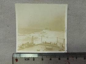 紅色收藏:黑白老照片 民國 《日軍軍艦 艦隊 長江上 行進2》一張!尺寸:6厘米*5.6厘米